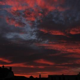 Rote Wolken über Gera